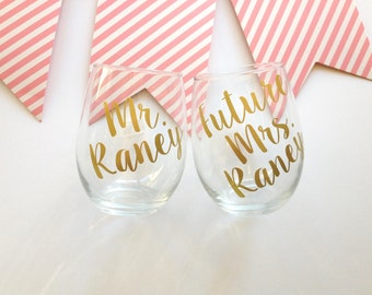 Personalized Future Mrs. and Mr. Wine Glasses   Engagement Gift for couple   Engagement Wine Glass    Gift Wrap   Gift Box