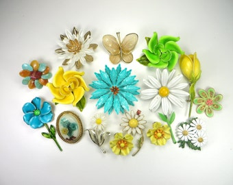 Enamel Flowers Bouquet DIY Lot. Teal Yellow Green & White Brooches Earrings Pins. Vintage MOD Retro Flower Power Floral Cameo Bridal Bouquet