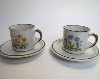 Vintage teacups, retro cups and saucers, vintage cups and saucers, tea party