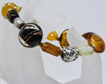 Charming amber tone beaded bracelet