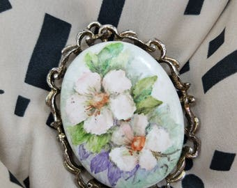 Lovely Brooch/Pendant with Painted Ceramic Flowers with Gold Tone Frame