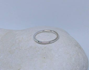 Sterling silver plain band / stacker