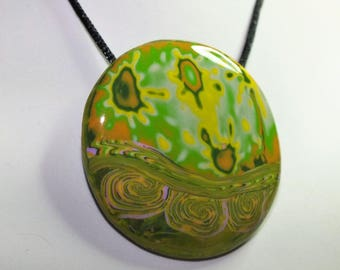 Explosion of chlorophyll - necklace with spring colors