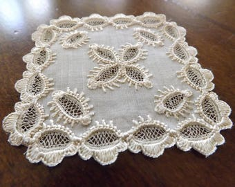 Vintage Country French Handmade Lace Doilie/Coaster 1930_Intricate Handmade Lace