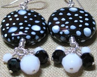 It's Black & White to Me Cluster Dangle Earrings - E769