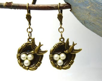 Bronze and small swallow's nest earrings beads