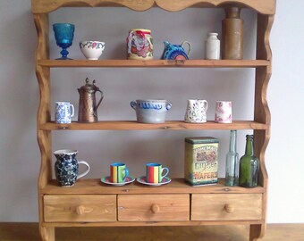 Shelf Unit (cottage-style)