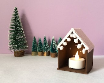 Mini house shaped shelf, cute wooden house shelf, knick knack shelf, toy display