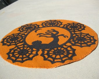 PDF Pattern: Blustery Halloween Penny Rug, Instant Download, Autumn / Fall Decoration