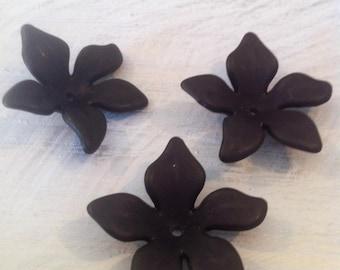 X 5 mm 28 black acrylic lucite flower beads