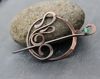 Shawl pin, scarf pin, sweater pin, brooch, Art Nouveau  inspired pin, fibula, copper and green aventurine round pin, ornamental, oxidized