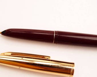 Vintage  fountain pen with gold tip - Old ink pen burgundy - fountain pen ink the USSR - calligraphy pen - fountain pen vintage