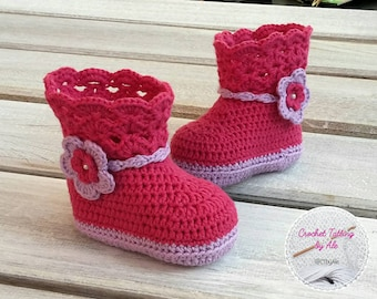 Crochet boots for baby girl booties booties lilac and Fuchsia-slippers-crochet baby booties-baby-cot-birth gift