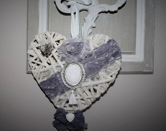 Shabby chic Wicker heart
