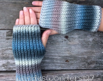 Hand Warmers, Fingerless gloves, Knit Gloves, Wrist Warmers, Texting Gloves