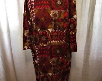 Vintage Aloha Authentic Hawaiian Originals Cotton Bold Print Long Sleeve Dress.