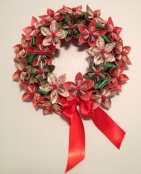 Origami Christmas Decorations: Origami Paper Flower Wreath / Kusudama Paper Flower Wreath