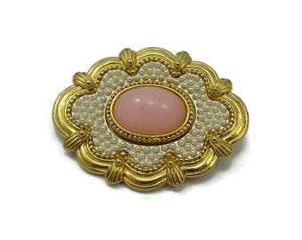 Pink Cabochon Stone Gold Tone Seed Bead Pearl Pin Oval Design Brooch Gold Victorian Vintage Costume Fashion Jewelry Designer Shawl Scarf Pin