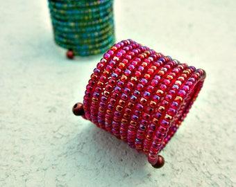 Bague, Flexible large verre perles Wrap rouge ou vert: Fable