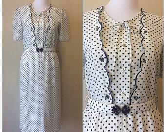 Vintage 80s Bey Polka Dot Dress | Short Sleeve Knee Length White and Blue Dot Dress