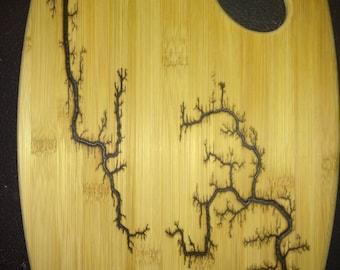 Bamboo lichtenberg cutting board