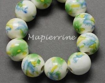 10 ceramic beads, round porcelain flower green 1 cm