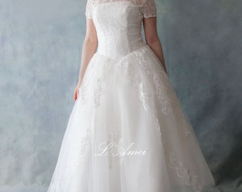 Retro 50's Vintage Style Tea Length Lace Wedding Dress with Short sleeves - AM1233921