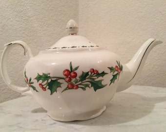 """Vintage """"A Cup Of Christmas Tea"""" Teapot By Tom Hegg, Illustrated By Warren Hanson, For The Waldman House. Discontinued Circa 1981-2005."""