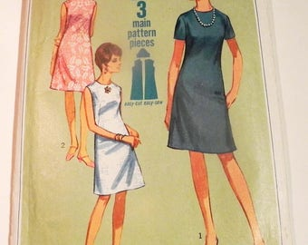 """1960s Mod A line dress sleeveless short sleeves knee length sewing pattern Size 14 Bust 34"""" Simplicity 7072"""