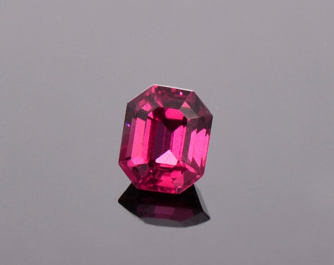 Excellent Purple Pink Rhodolite Garnet Gemstone from Montana 1.46 cts., Emerald Shape.