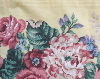 Pr Dan River Beautiful Floral Pillow cases w Yellow Borders King sz No iron Percale 50% Polyester 50 pct Cotton never used Vintage 19 x 40 ""
