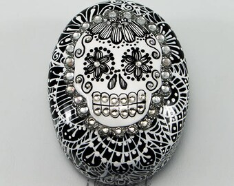 Skull ring box of the day of the dead black and white