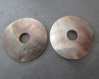 Black Lips Shell Mother Of Pearl Donuts 36mm 2pcs