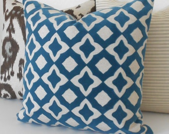 Dark teal and oatmeal velvet quatrefoil geometric decorative pillow cover