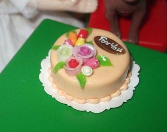 Dollhouse Miniature Birthday Cake , 1/6 scale