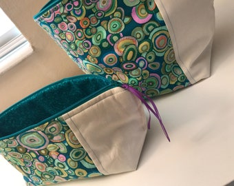 Wide Open Travel Bags - Cosmetic Bags - Toiletry Bags - Hair Bags - Gizmo and Gadget Bags