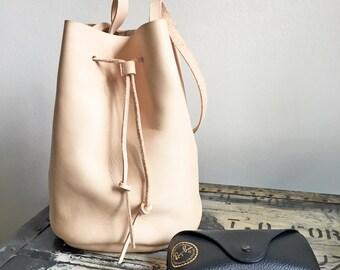 Handmade Bucket Bag - Natural Color