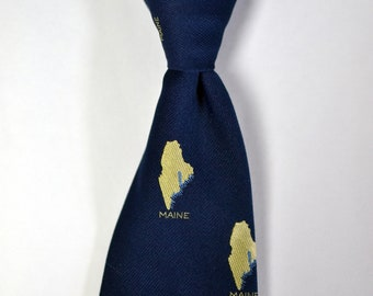 Vintage DUNHAM'S Of MAINE Navy/Yellow State of Maine Tie Necktie Kitch/Novelty Tie Maine State Outline Motif Silk and Polyester