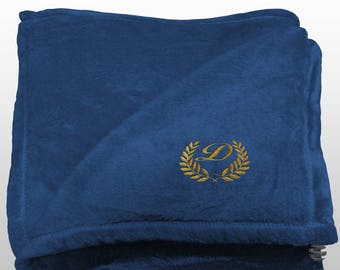 Personalized Multi-use Polar Sofa Bed Travel Fleece Blanket with Leaves - Ref. Dulcelina - Blue