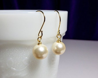 Swarovski Cream Pearl Drop Gold Earrings, Mothers Day Jewelry Gift, Bridesmaid Mom Sister Grandmother Gifts