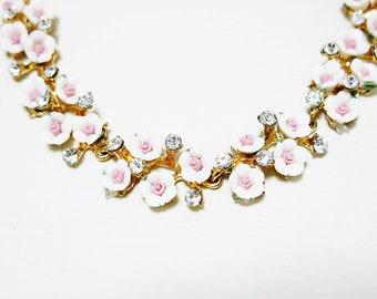 Sakura Necklace, White Sakura Necklace, Cherry Blossom Necklace, Pink Cherry Bloosom Necklace, Pink Daisy Necklace, Sakura Jewelry