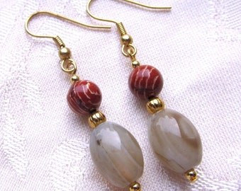 Natural Agate Oval and Red Breciated Jasper Round Beaded Dangle Earrings