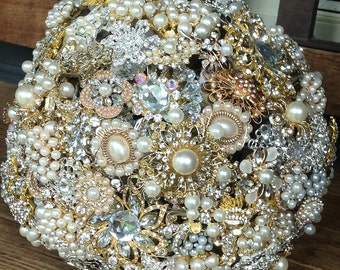 DEPOSIT |  Custom Made Brooch Bouquet | Brooch Bridal Bouquets | Alternative Bouquet | Jeweled Keepsake Bouquet