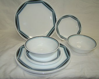 Corelle Angles Black/Turquoise, Lines On Edge~Discontinued 10 Piece