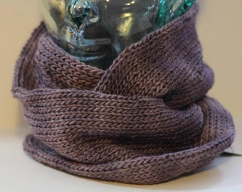 Wool and silk blend infinity scarf, loop cowl (purple/mauve heather)