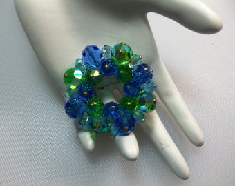Vintage Blue and Green Aurora Borealis Glass Bead Cluster Wreath Circle Pin Brooch
