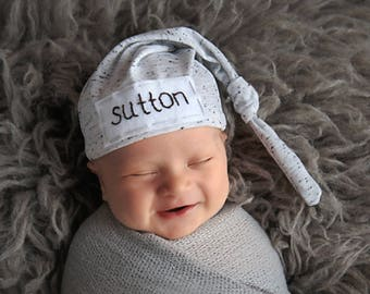 babyshower gift - baby hat with name - coming home outfit - newborn hat - baby boy - grey hat - hospital hat - newborn personalized hat
