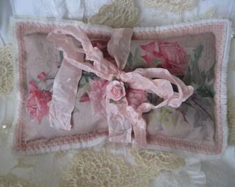 Roses roses shabby, sachet de lavande de cadeau, brodé, fête des mères, personnaliser avec des sentiments sincères, navire USA gratuit, roses de Catherine Klein