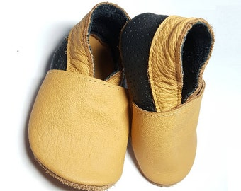 HOT SALE! Beige & black soft sole leather shoes, mocs, baby slippers, toddler moccasins, crib shoes, baby gift