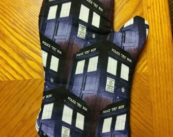 Doctor Who Oven Mitt